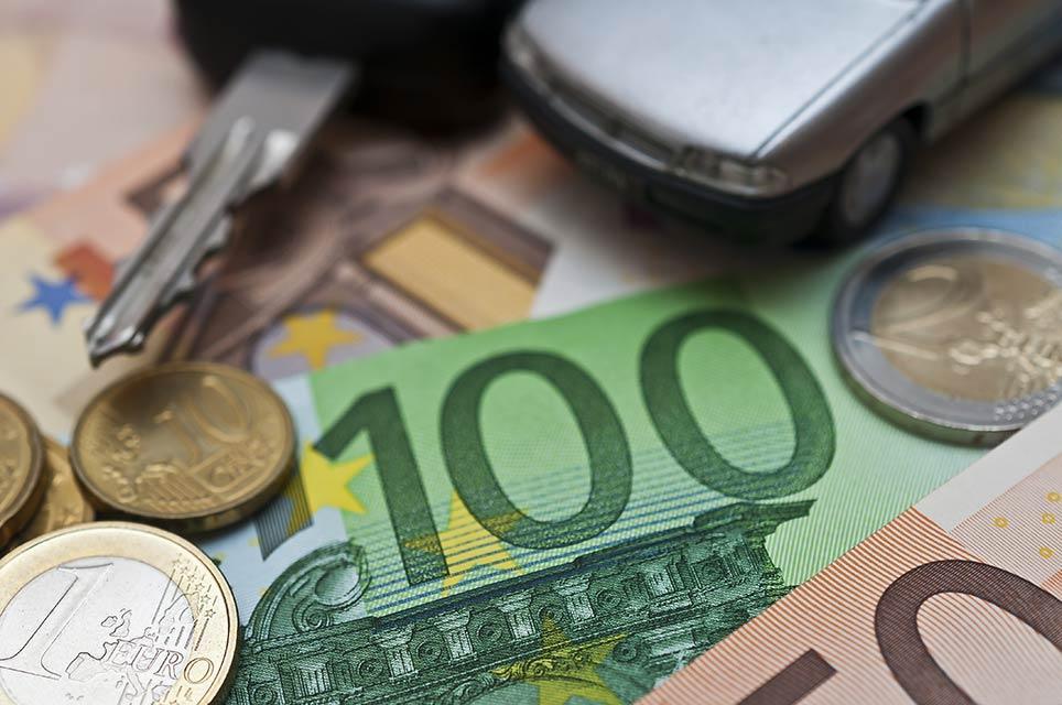 Wie kann ein Unternehmer Kilometergeld steuerlich absetzen?